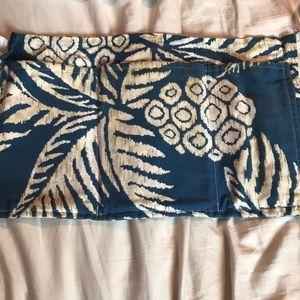 Custom, Hand made Waitress Apron! Pineapple print